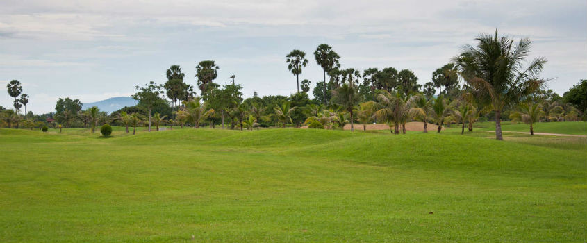 Private-Golf-Course-Transfers-to-Cambodia-Golf-Club-Round-Trip