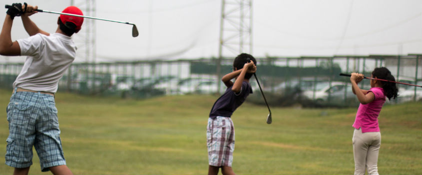 Golf-Lesson-at-Clover-Greens-Bengaluru