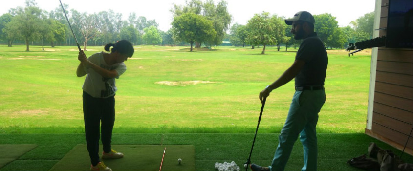 1-Golf-Lesson-at-Hamoni