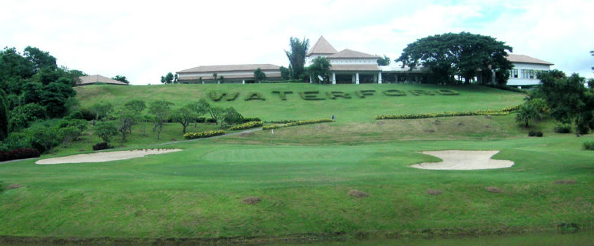 Waterford-Valley-Golf-Club-Chiangrai