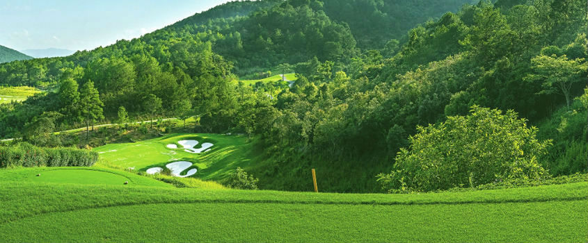 The-Dalat-at-1200-Country-Club