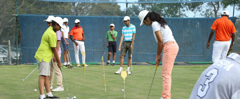 1-Golf-Lesson-at-TNGF