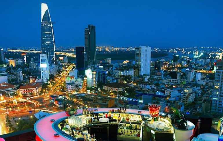 Nightlife Golf In Vietnam I Nightlife In Hanoi Hcmc Danang