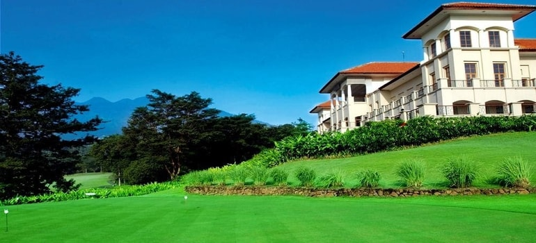 FINNA GOLF & COUNTRY CLUB, SURABAYA
