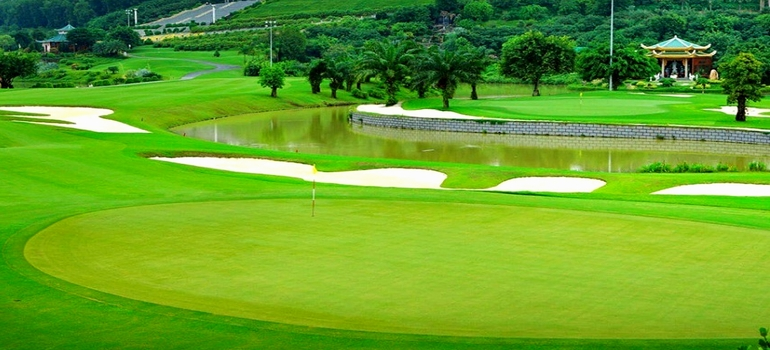 WEST LAKES GOLF COURSE, HCMC