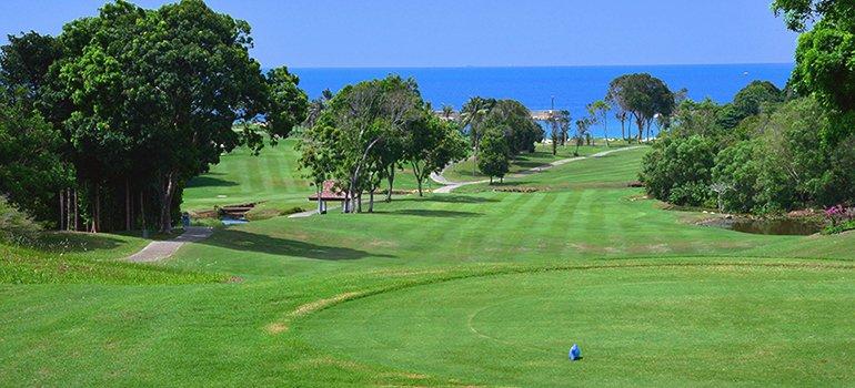 Binton Lagoon Golf Course