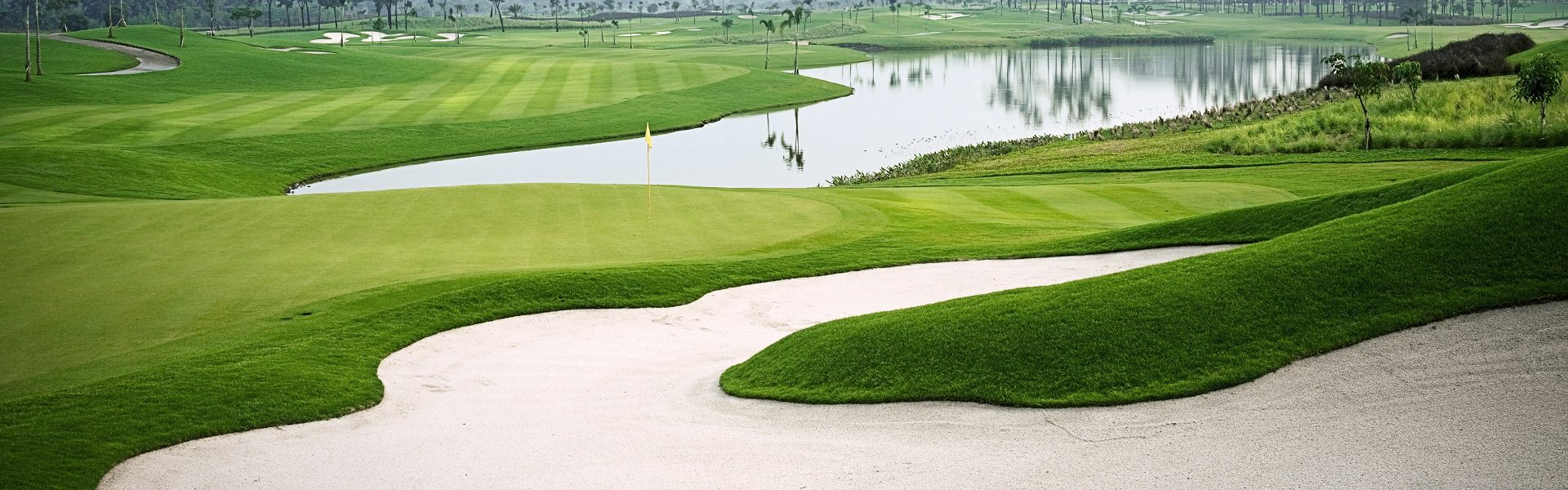 5 Must Play Golf Courses in Indonesia
